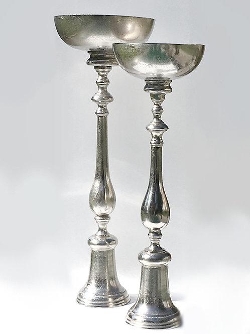 Silberschale auf Fuß