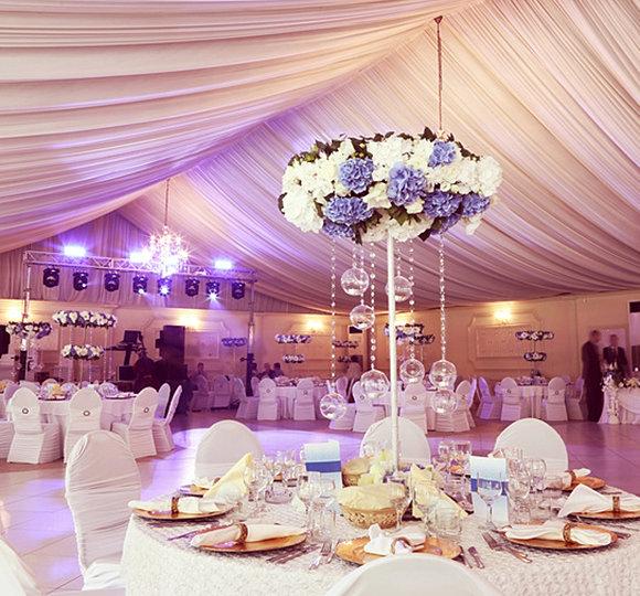 Hochzeitsdekoration dresden sachsen for Saaldekoration hochzeit