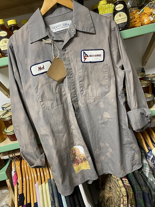 Tractor button up