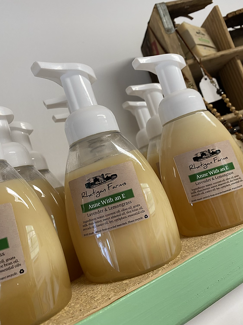 Foaming Goats Milk Soap Anne With and E