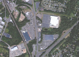 Restaurant lease negotiation at Connecticut shopping center