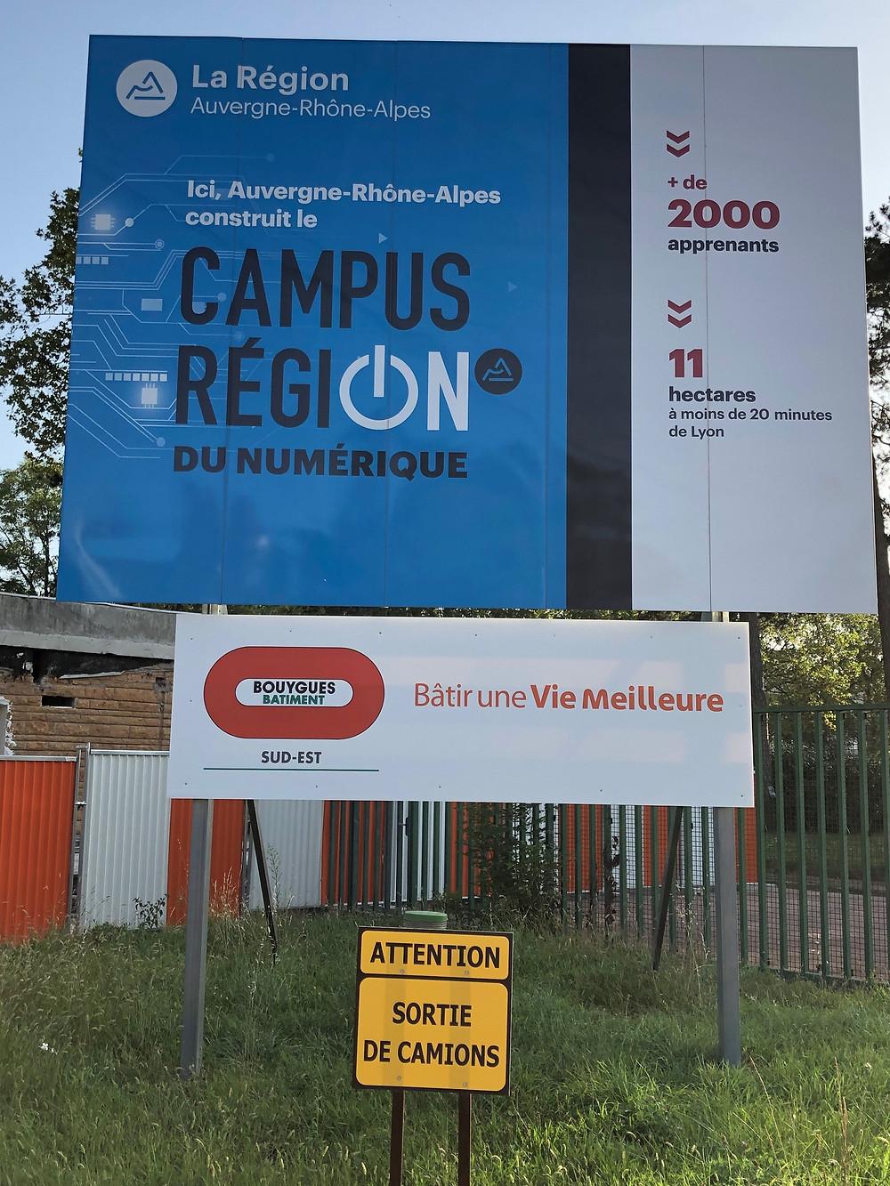 campus numérique route de Paris Charbonnieres