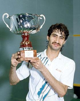 14 1990 Men's Winner.jpg