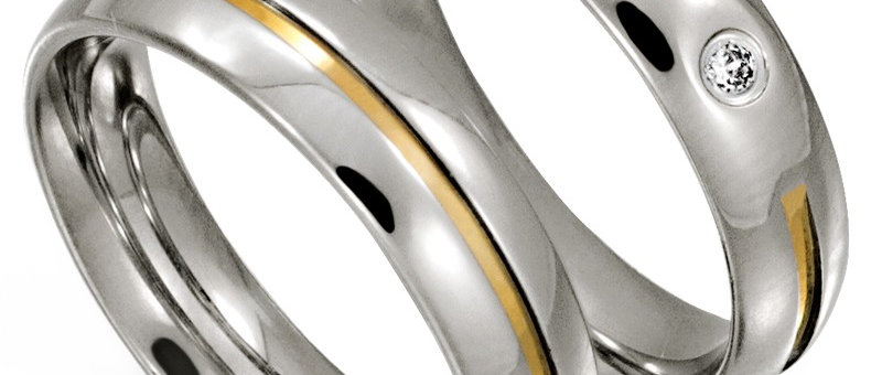 Par de Alianças de Aço c/ Ouro (R: 70018)