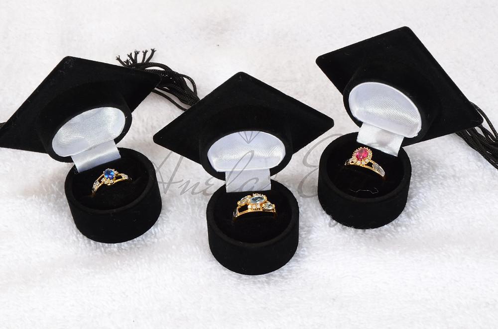 Alguns modelos de Anéis de Formatura Anelar Ely