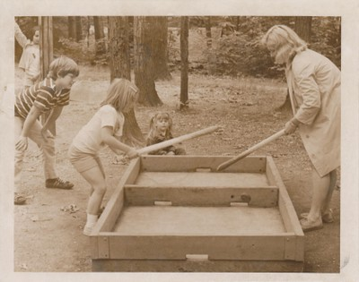 Box Hockey, 1974