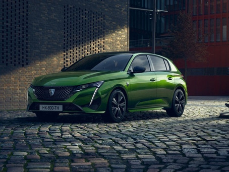 Nuova Peugeot 308 2021: foto, dimensioni e motori della berlina del Leone, anche ibrida (Video)