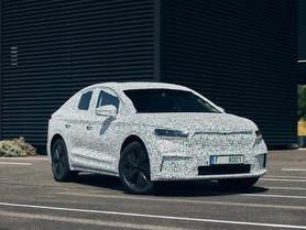 Skoda Enyaq Coupé iV: prime immagini e info del SUV coupé elettrico
