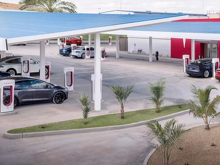 Tesla aprirà i Supercharger anche alle altre auto elettriche