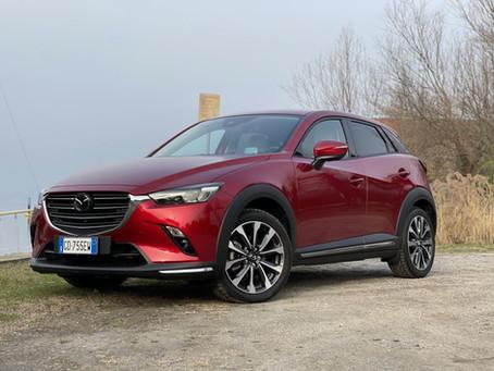 Mazda CX-3 2021: recensione e prova consumi del SUV compatto per chi ama guidare (Video)