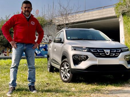 Dacia Spring elettrica: prova, dimensioni, interni, motore, autonomia, ricarica e prezzo (Video)
