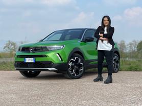 Opel Mokka-e: come cambia l'autonomia? Prova su strada (Video)