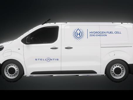 Stellantis presenta la sua idea di furgoni a idrogeno: fuel cell ma anche plug-in