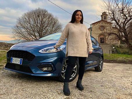 Ford Fiesta EcoBoost Hybrid, prova su strada della piccola di casa, ora elettrificata (Video)