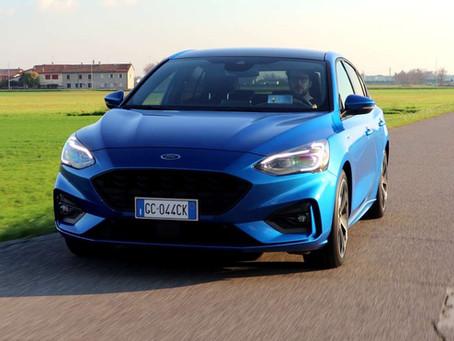 Ford Focus ibrida: la prova della berlina mild hybrid (Video)