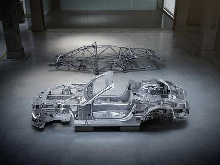 Mercedes SL 2022: scocca inedita per la nuova generazione (firmata AMG)