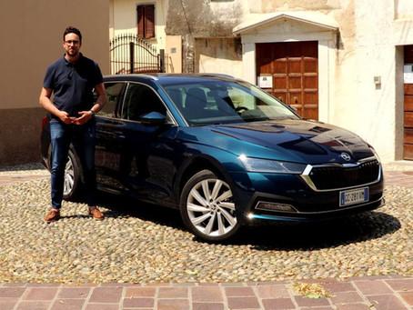 Skoda Octavia iV: la prova della station wagon ibrida plug-in (Video)