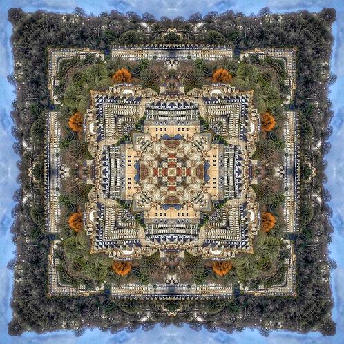 'Grandmaster & Chessboard'