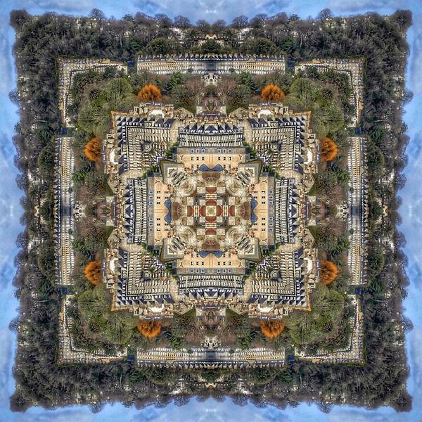 Grandmaster and Chessboard.jpg