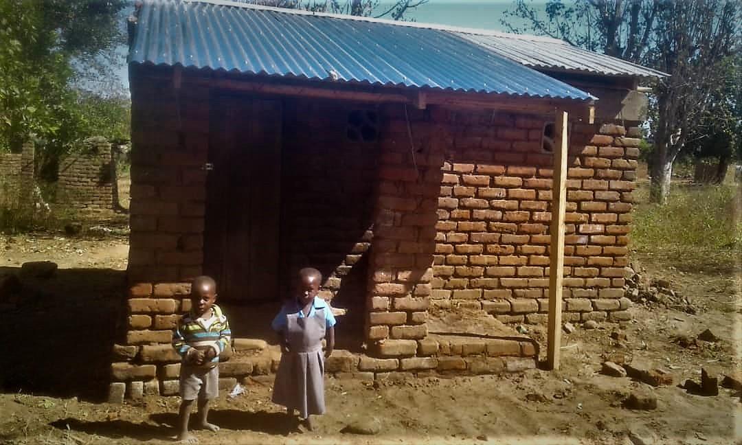 Flood small house 1.jpg