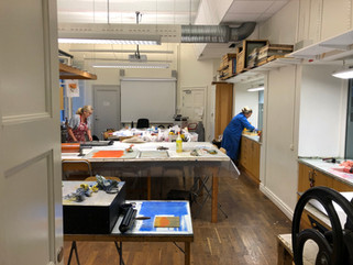 Printmaking room - with inkbench for viscosityprint at the forefront
