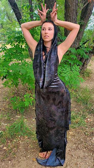The Steel Mist Velvet Gown Set