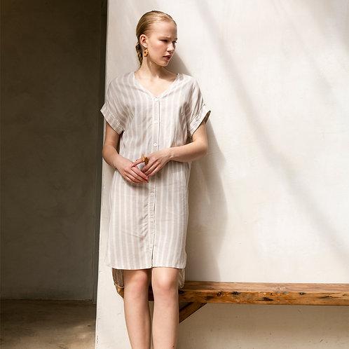 שמלת וי מכופתרת - מלודי