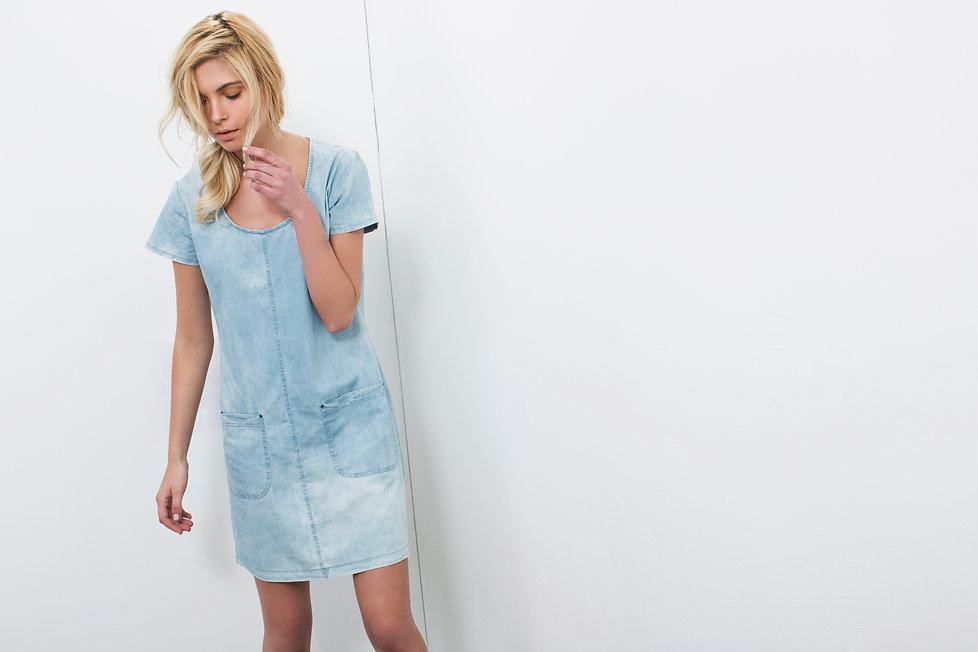שמלת ג'ינס טנסל 100% כותנה-מיכל אמה