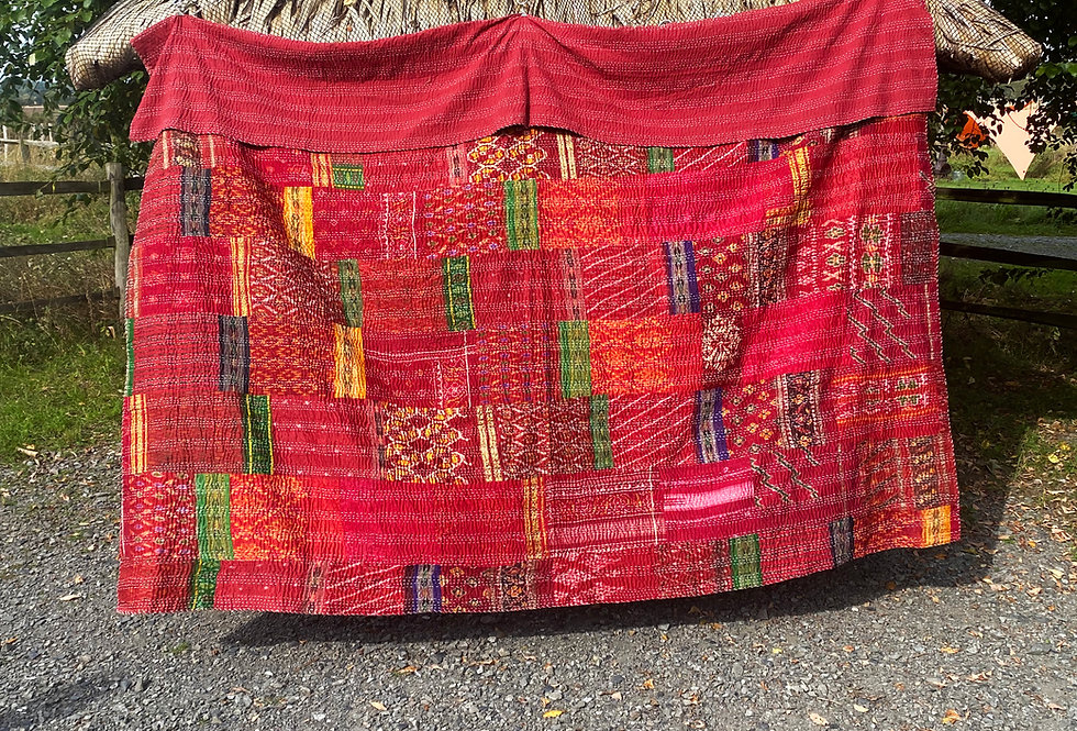Handmade Indian Kantha Blankets - Red