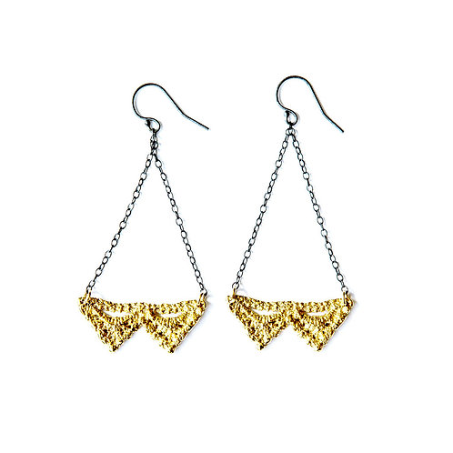 Double Pyramid lace earrings 14k gold plating