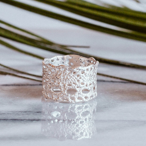 Lilibet lace ring in sterling silver