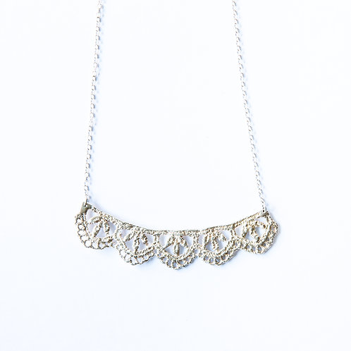 Leaf lace necklace in sterling silver