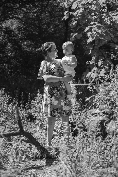 Rachel & Rosie 7 Aug 75.jpg