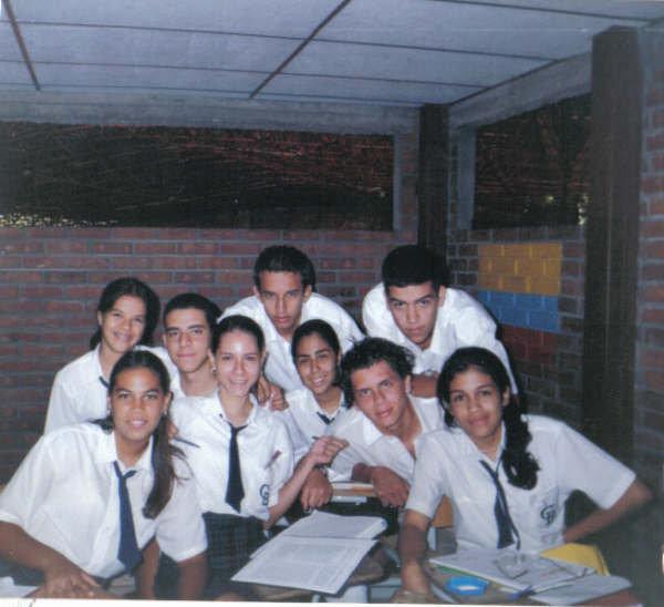 2000 9th graders.jpg