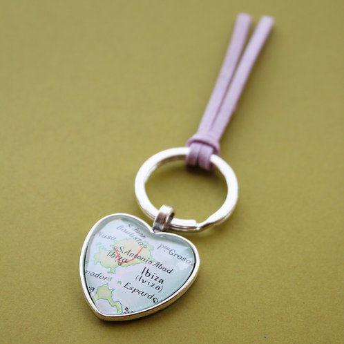 Personalised Travel Map: Love Heart Keychain