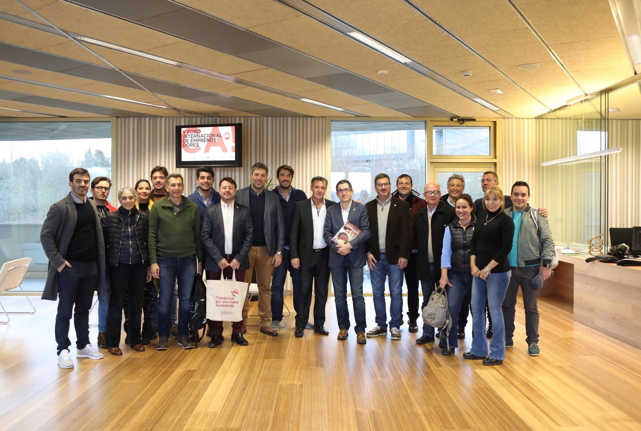 FEHGRA_delegación_argentina_con_el_directo_de_Basque_Culinary_Center