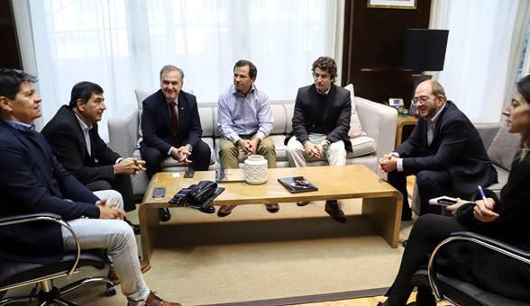 Dirigentes de CAME junto a los funcionarios del Ministerio de Producción de la Nación