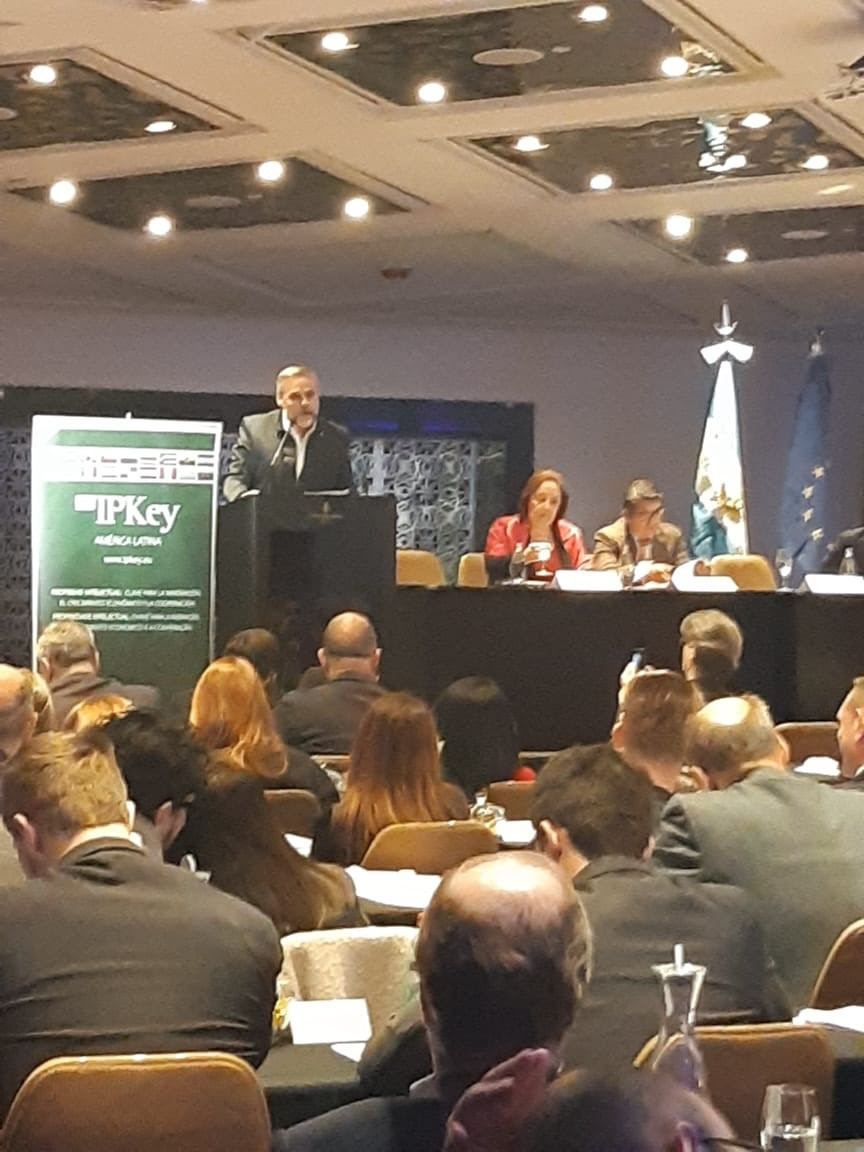 Fabián Castillo expone en el Foro sobre la Propiedad Intelectual en la Economía Digital