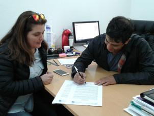 Firma de acuerdo por Canasta Escolar