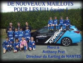 NOUVEAUX MAILLOTS                         POUR LES U11 équipe 1