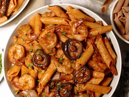 Γευστικά ζυμαρικά με γαρίδες και μανιτάρια