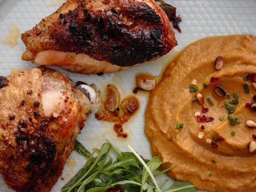 Μυρωδάτο κοτόπουλο φούρνου με πικάντικο πουρέ κολοκύθας και κάστανου🌰🌰