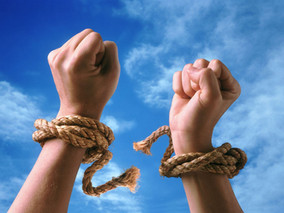 Τέλος στις ποινές φυλάκισης για χρέη στην εφορία εως 50.000 Ευρώ και για χρέη προς τον ΟΑΕΕ και τον