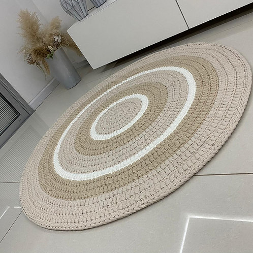 שטיח סרוג מחוטי טריקו