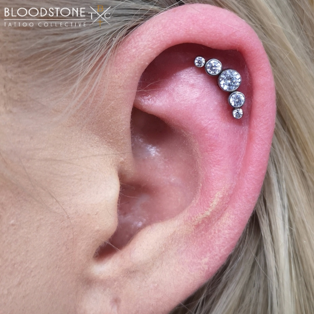 Helix with Clear crystal cluster