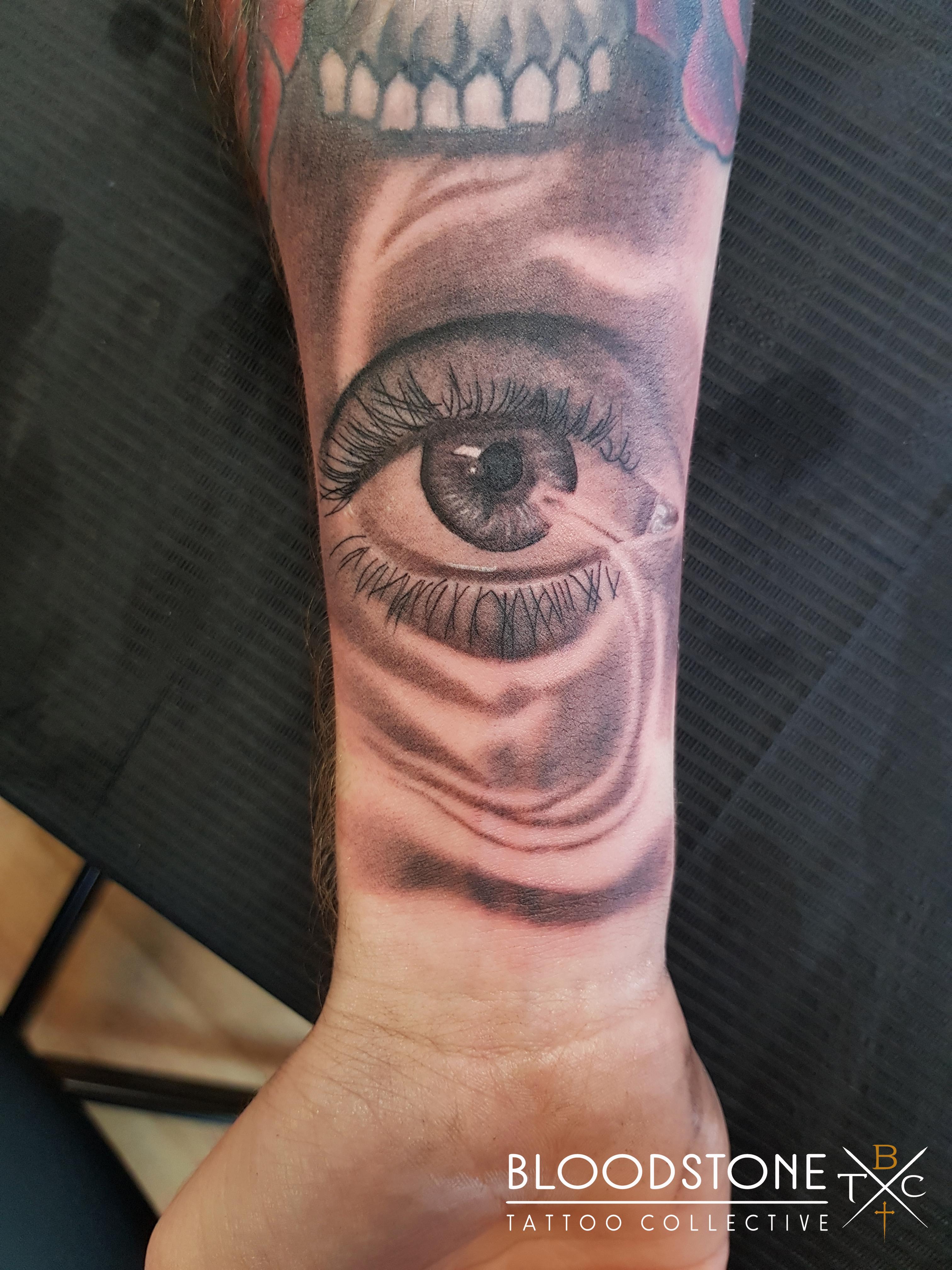 Gap Filler Eye