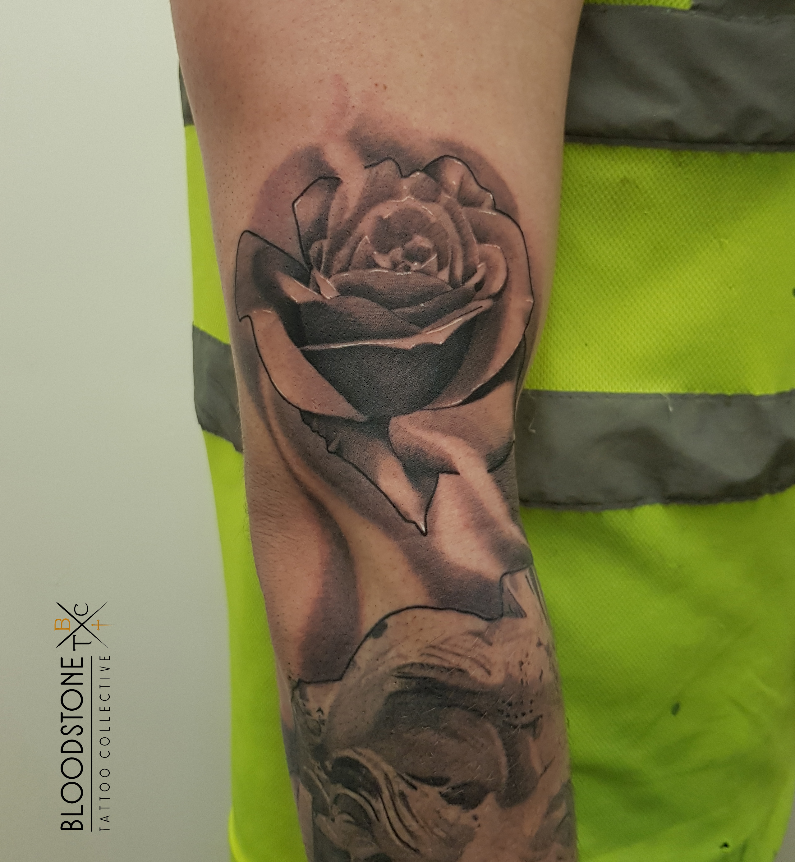 Rose Tattoo slide 1
