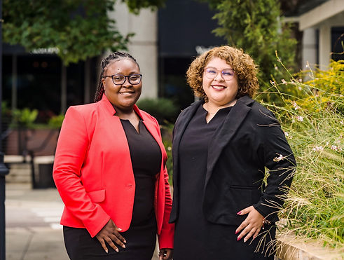 Picture of Ayeshinaye Smith and Alexia Dominguez