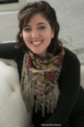 Headshot of Talia Cooper, body liberation/body positive coach