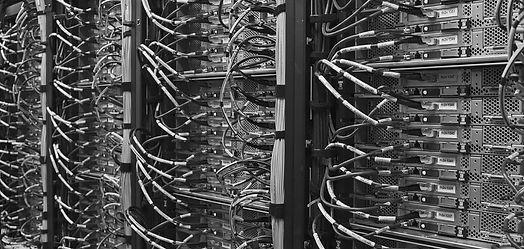 computer-2777254_1920-mono.jpg